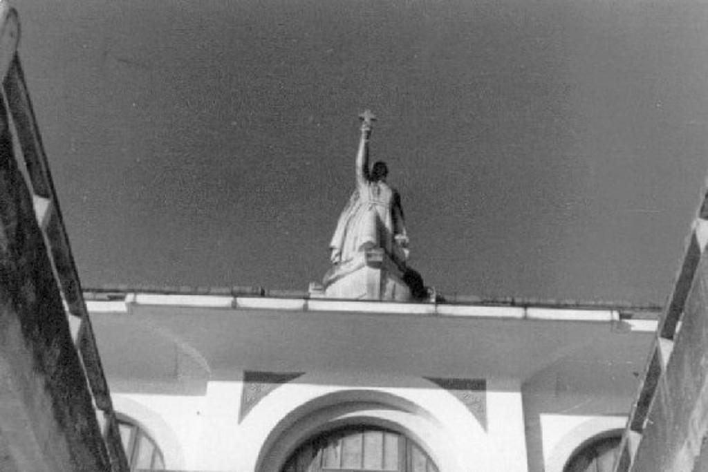 Statue saint François Xavier