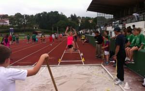 Athlétisme à Bordeaux : Emilie au saut en longueur